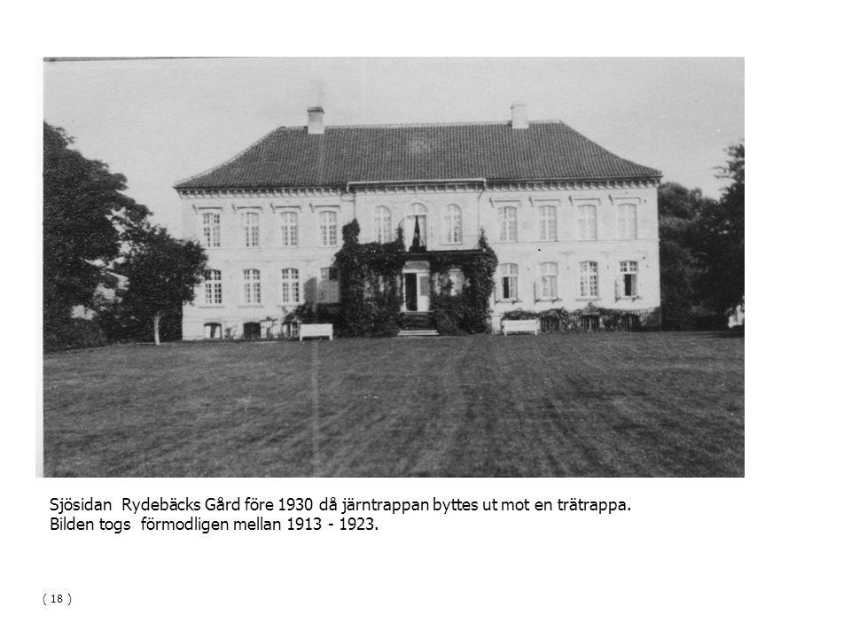 Bilden togs förmodligen mellan 1913 - 1923.