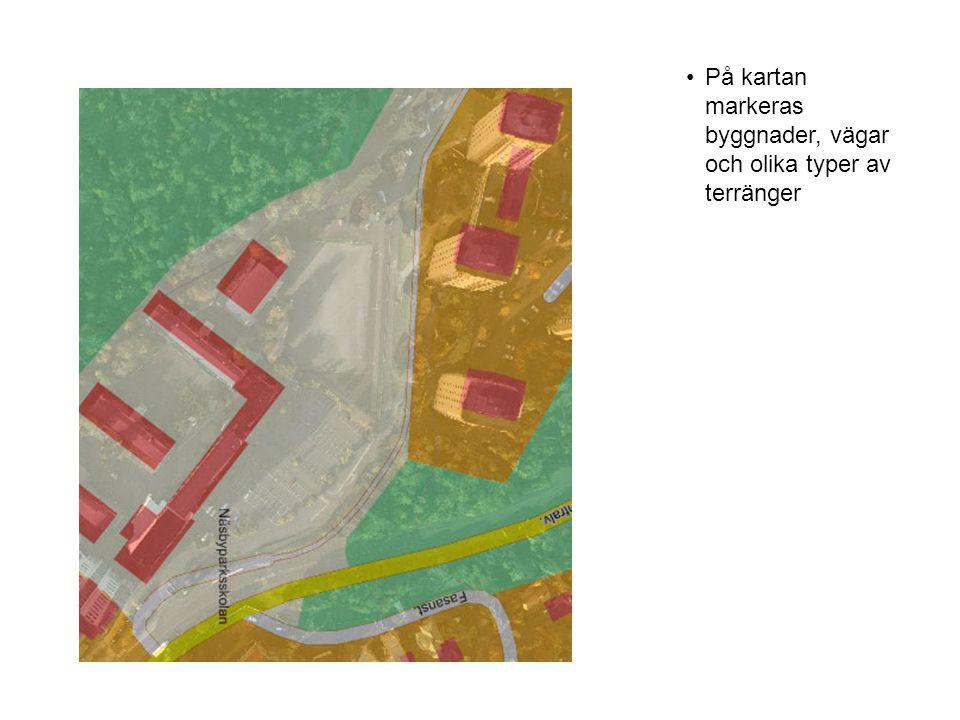 På kartan markeras byggnader, vägar och olika typer av terränger