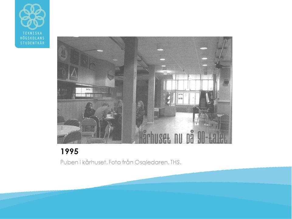 1995 Puben i kårhuset. Foto från Osqledaren, THS.