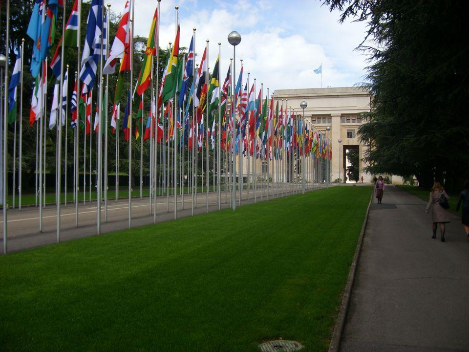 Flaggor utanför FN-byggnaden i Genève.