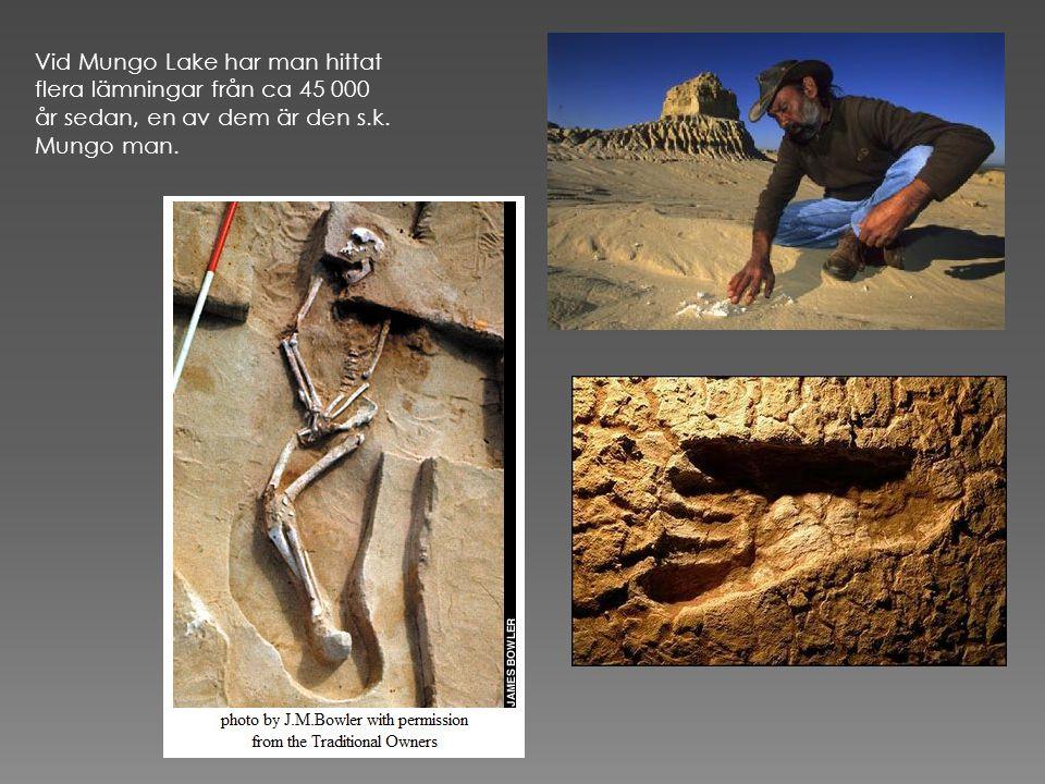 Vid Mungo Lake har man hittat flera lämningar från ca 45 000 år sedan, en av dem är den s.k.
