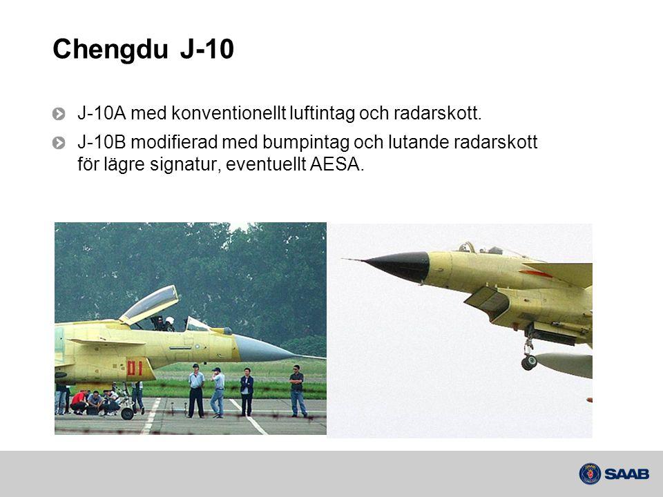 Chengdu J-10 J-10A med konventionellt luftintag och radarskott.