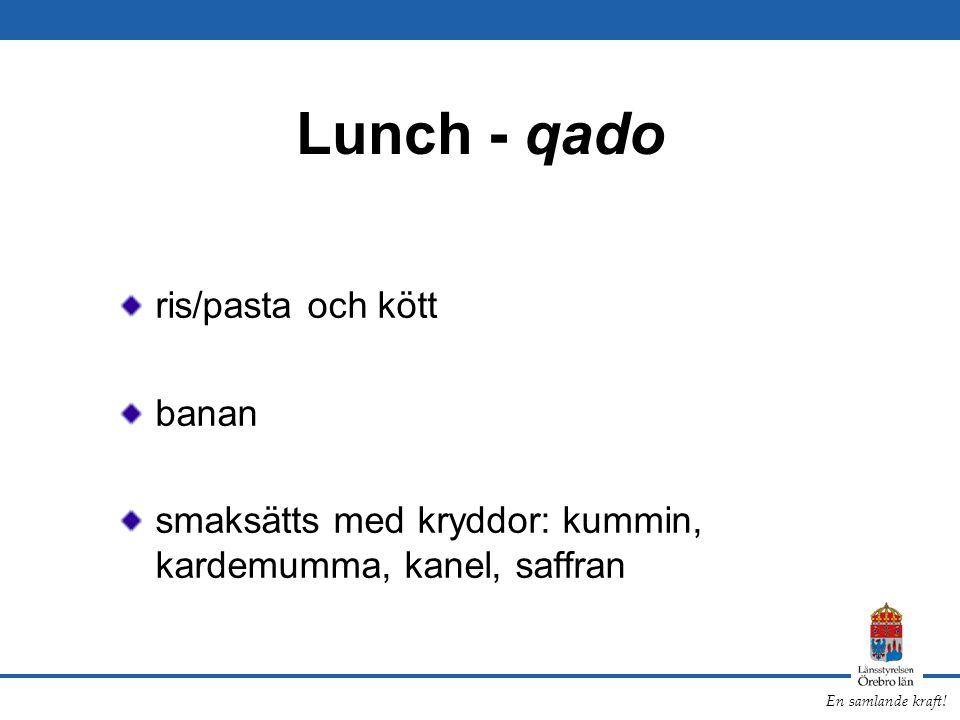 Lunch - qado ris/pasta och kött banan