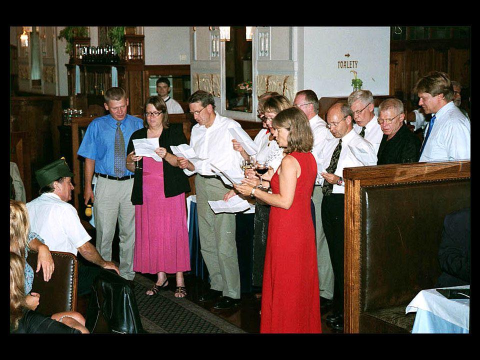 5-B12 Ledningsgruppen sjunger ut till Jöran ära