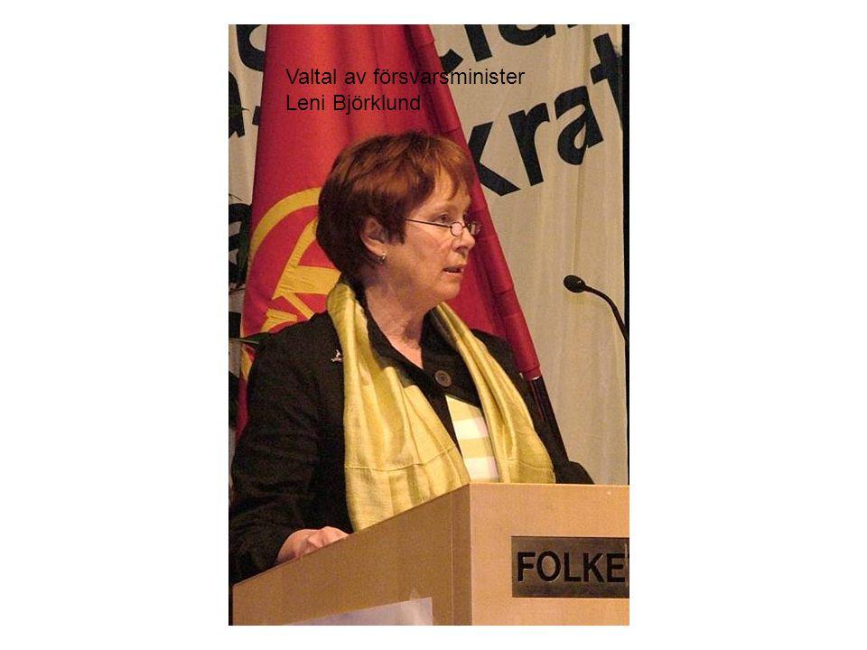 Valtal av försvarsminister Leni Björklund