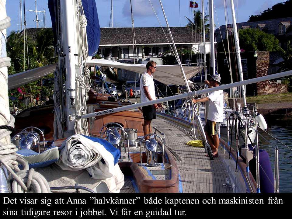 Det visar sig att Anna halvkänner både kaptenen och maskinisten från sina tidigare resor i jobbet.