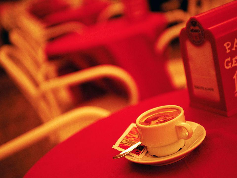 Fika: Varma drycker i automaten, godis. PX-Webdagen 2012