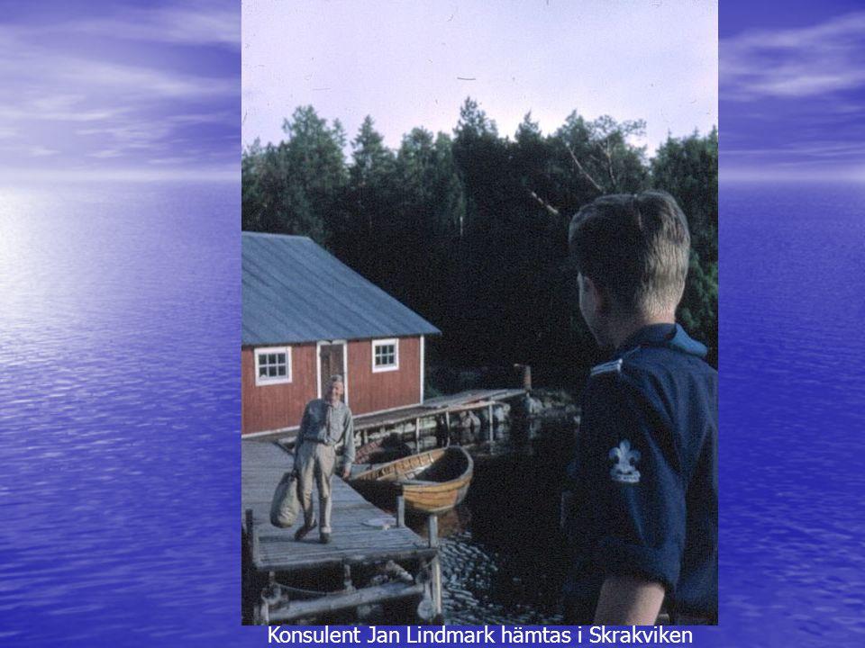 Konsulent Jan Lindmark hämtas i Skrakviken