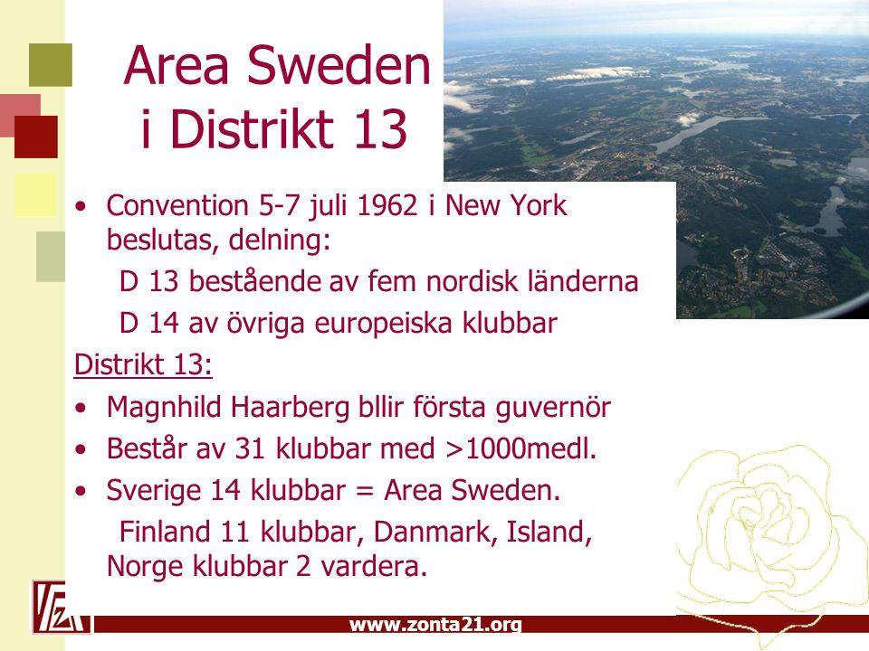 Area Sweden i Distrikt 13 Convention 5-7 juli 1962 i New York beslutas, delning: D 13 bestående av fem nordisk länderna.
