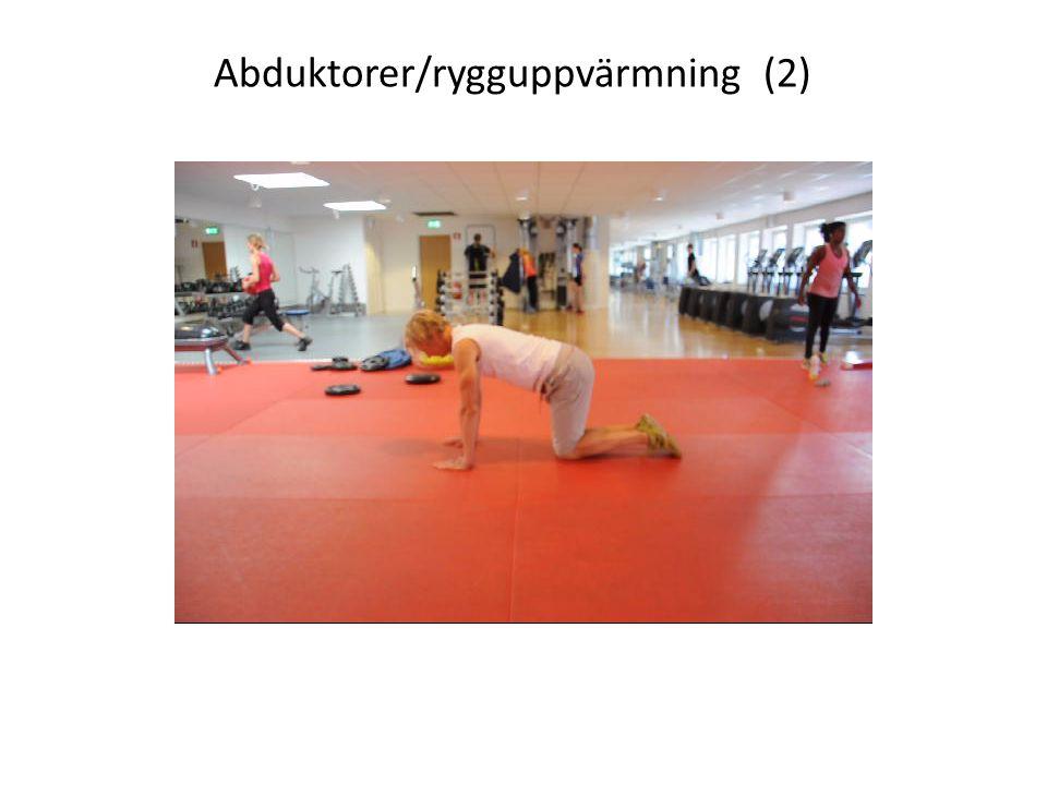 Abduktorer/rygguppvärmning (2)
