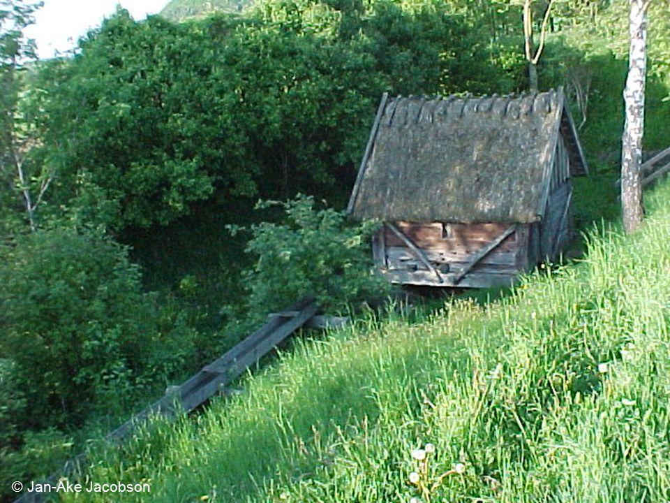 © Jan-Åke Jacobson Seminarium 06-03-22. Vad är småskalig vattenkraft.
