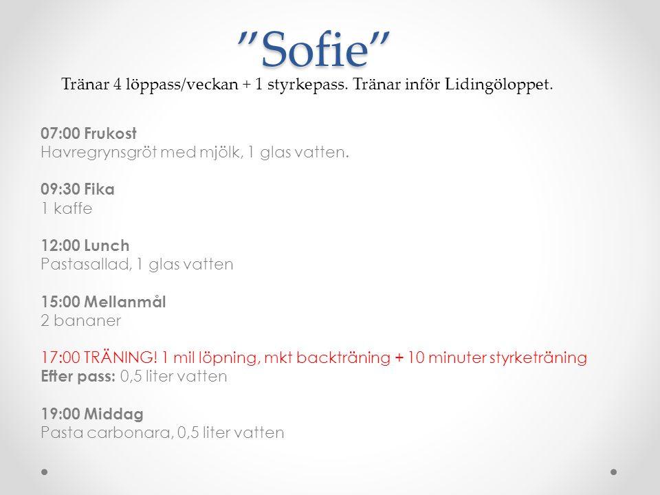 Sofie Tränar 4 löppass/veckan + 1 styrkepass. Tränar inför Lidingöloppet.