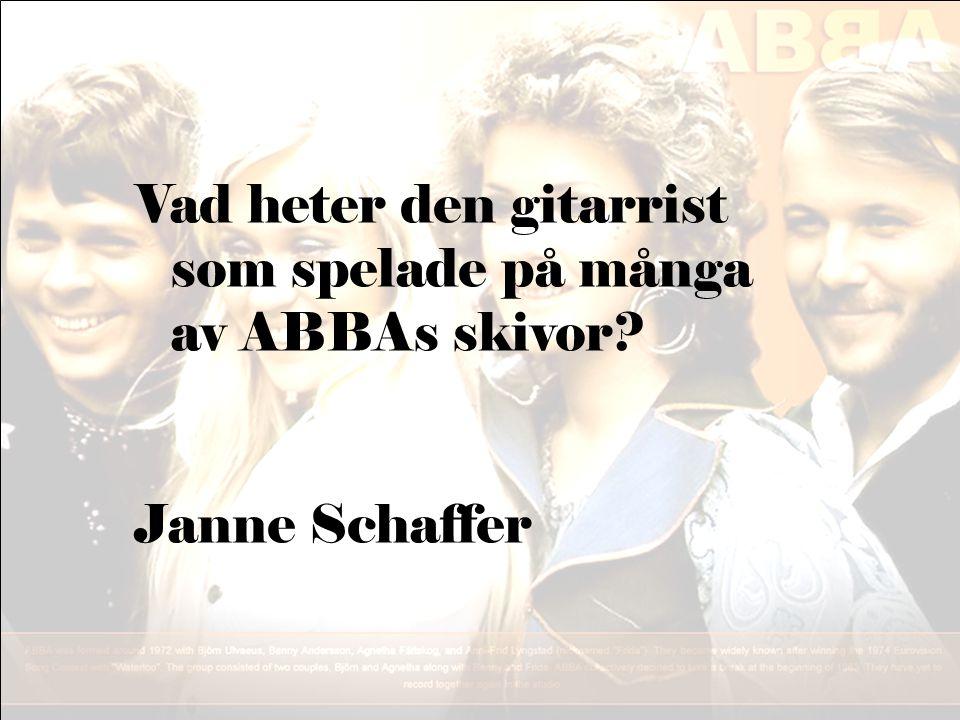Vad heter den gitarrist som spelade på många av ABBAs skivor