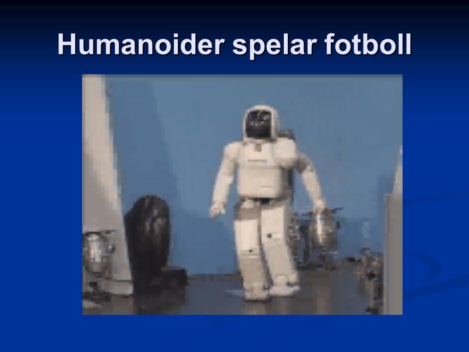 Humanoider spelar fotboll