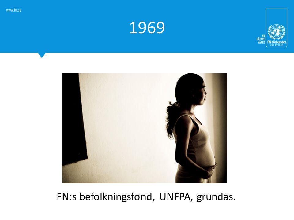 FN:s befolkningsfond, UNFPA, grundas.